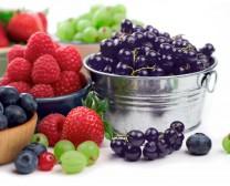 Βαθύχρωμα φρούτα πλούσια σε αντιοξειδωτικά