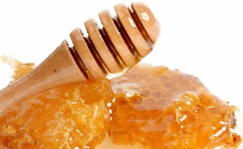honey-benefits-raw-organic-honey